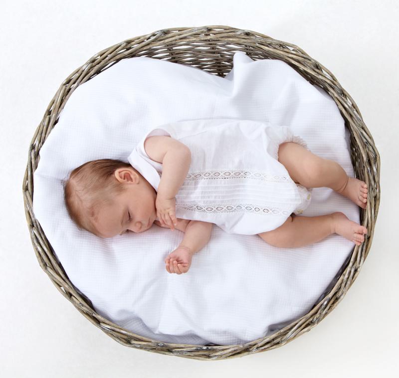 Fotografia de bebe en estudio Vigo